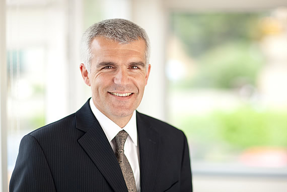 Dr. Ian Baxendale